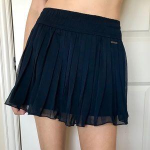 Abercrombie womens pleated chiffon navy skirt